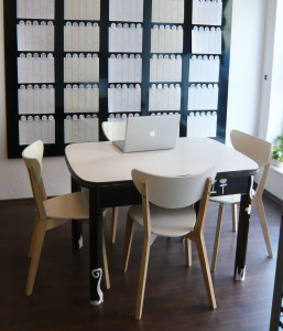 TableChairs1
